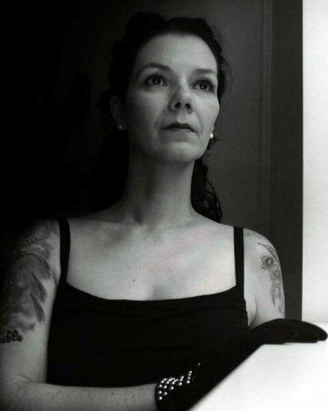 Faye Hell Autorin
