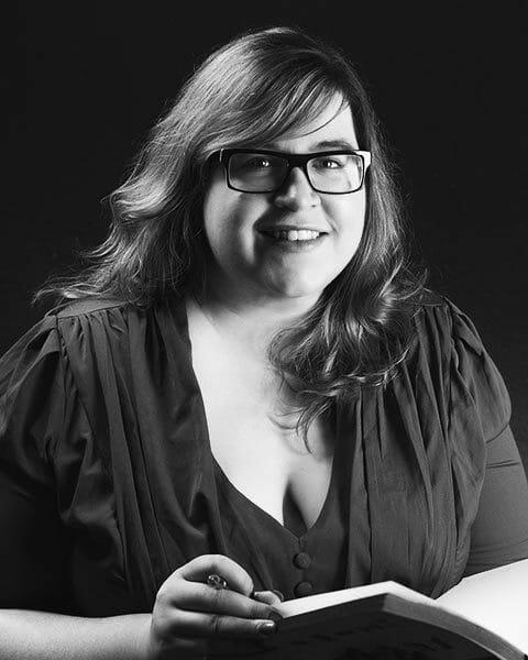 Jenny Wood ist Fantasy-Autorin